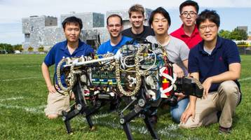 MIT's Cheetah robot gets let off the leash to run and jump outdoors