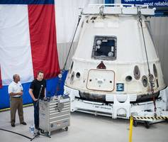 NASA picks SpaceX, Boeing to ferry astronauts